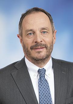Hölvényi György
